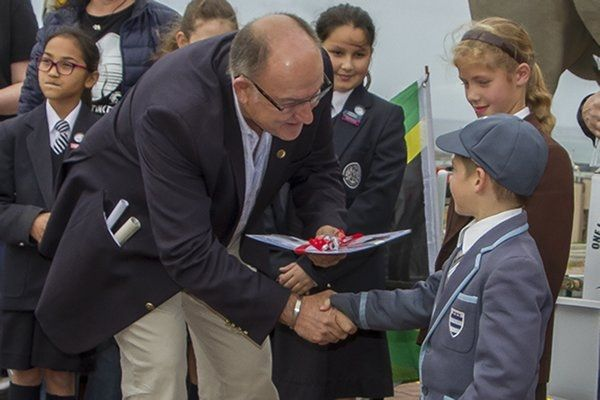 mee7d1604-mayor-trollip-with-grey-james-pearse-zoom-